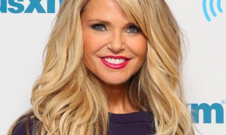Christie Brinkley is back in 'Chicago' on Broadway!